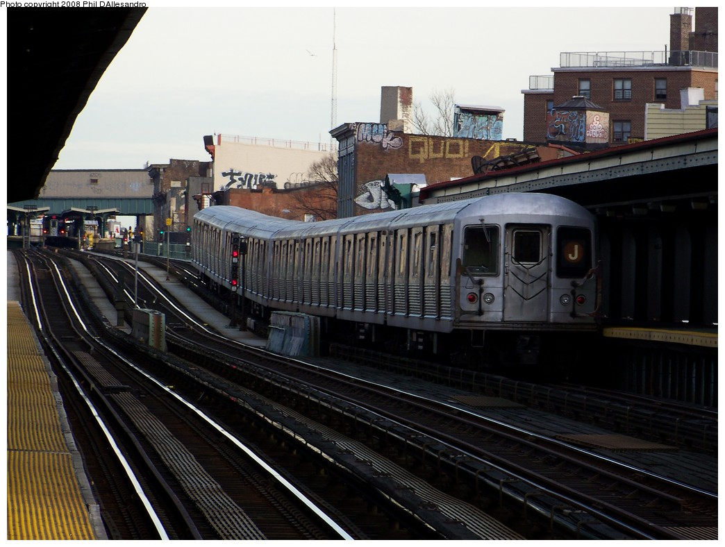 (218k, 1044x788)<br><b>Country:</b> United States<br><b>City:</b> New York<br><b>System:</b> New York City Transit<br><b>Line:</b> BMT Nassau Street/Jamaica Line<br><b>Location:</b> Flushing Avenue <br><b>Route:</b> J<br><b>Car:</b> R-42 (St. Louis, 1969-1970)  4770 <br><b>Photo by:</b> Philip D'Allesandro<br><b>Date:</b> 4/5/2008<br><b>Viewed (this week/total):</b> 1 / 1714