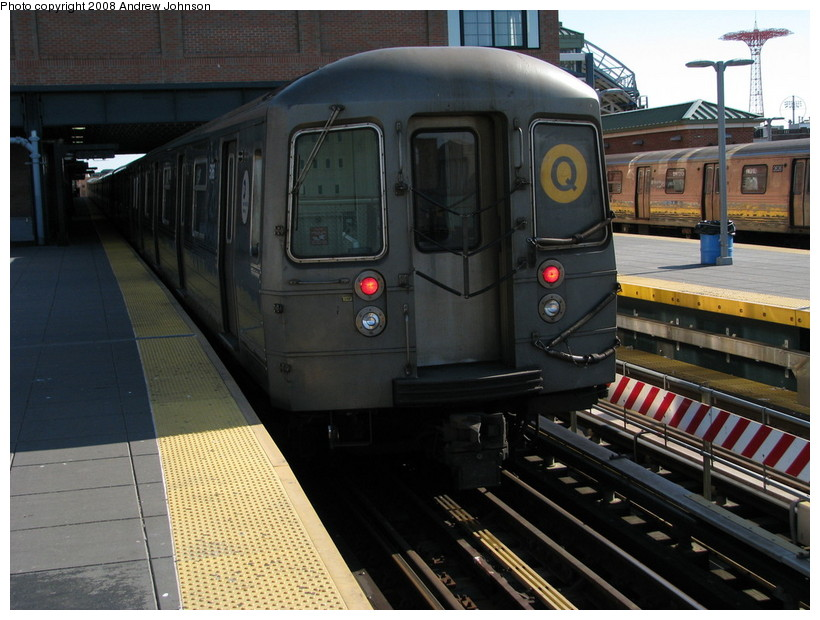 (151k, 820x620)<br><b>Country:</b> United States<br><b>City:</b> New York<br><b>System:</b> New York City Transit<br><b>Location:</b> Coney Island/Stillwell Avenue<br><b>Route:</b> Q<br><b>Car:</b> R-68A (Kawasaki, 1988-1989)  5186 <br><b>Photo by:</b> Andrew Johnson<br><b>Date:</b> 4/2/2008<br><b>Viewed (this week/total):</b> 0 / 1569