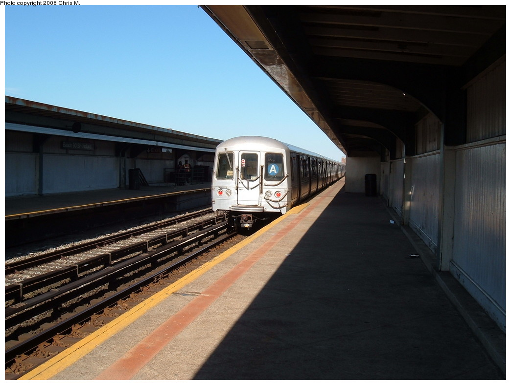 (189k, 1044x788)<br><b>Country:</b> United States<br><b>City:</b> New York<br><b>System:</b> New York City Transit<br><b>Line:</b> IND Rockaway<br><b>Location:</b> Beach 90th Street/Holland <br><b>Route:</b> A<br><b>Car:</b> R-44 (St. Louis, 1971-73)  <br><b>Photo by:</b> Chris M.<br><b>Date:</b> 4/5/2008<br><b>Viewed (this week/total):</b> 0 / 1265