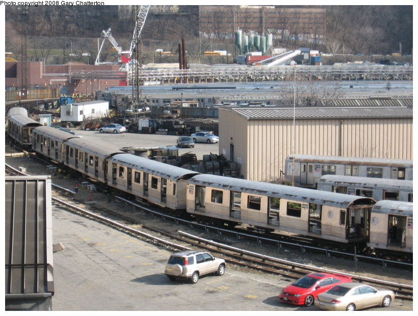 (176k, 820x620)<br><b>Country:</b> United States<br><b>City:</b> New York<br><b>System:</b> New York City Transit<br><b>Location:</b> 207th Street Yard<br><b>Car:</b> R-42 (St. Louis, 1969-1970)  4886/4887 <br><b>Photo by:</b> Gary Chatterton<br><b>Date:</b> 3/11/2008<br><b>Viewed (this week/total):</b> 0 / 1684