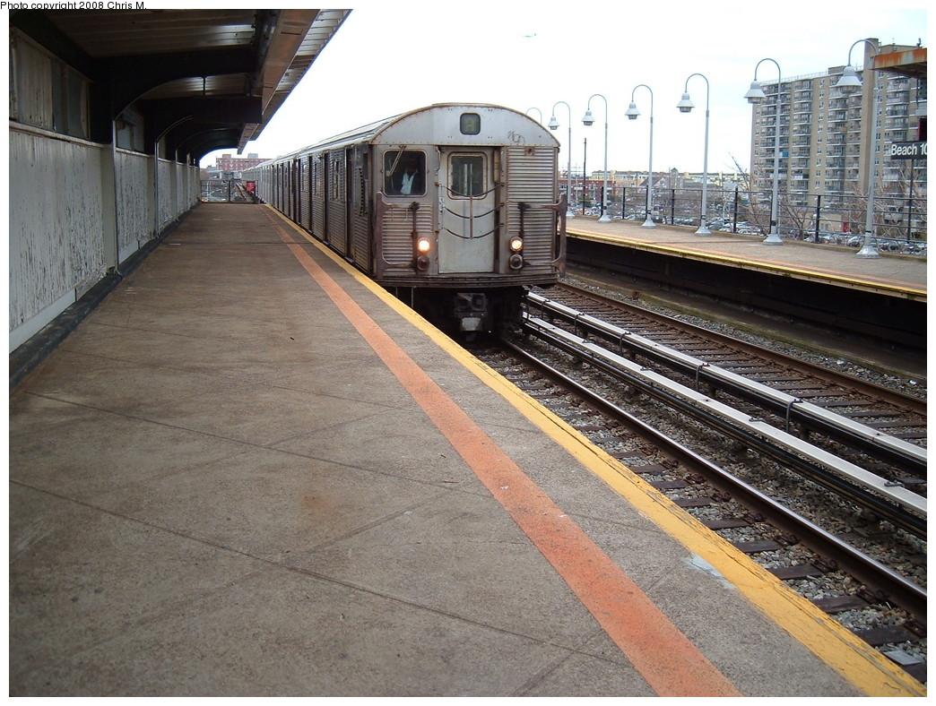 (277k, 1044x788)<br><b>Country:</b> United States<br><b>City:</b> New York<br><b>System:</b> New York City Transit<br><b>Line:</b> IND Rockaway<br><b>Location:</b> Beach 105th Street/Seaside <br><b>Route:</b> A<br><b>Car:</b> R-32 (Budd, 1964)  3894 <br><b>Photo by:</b> Chris M.<br><b>Date:</b> 4/6/2008<br><b>Viewed (this week/total):</b> 3 / 1632