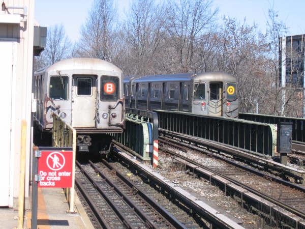 (57k, 600x450)<br><b>Country:</b> United States<br><b>City:</b> New York<br><b>System:</b> New York City Transit<br><b>Line:</b> BMT Brighton Line<br><b>Location:</b> Sheepshead Bay <br><b>Route:</b> Layup<br><b>Car:</b> R-40M (St. Louis, 1969)   <br><b>Photo by:</b> Professor J<br><b>Date:</b> 3/2008<br><b>Viewed (this week/total):</b> 0 / 2129