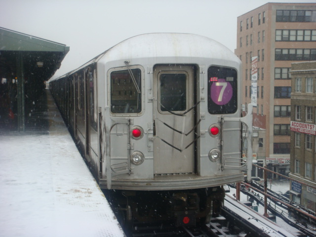 (105k, 640x480)<br><b>Country:</b> United States<br><b>City:</b> New York<br><b>System:</b> New York City Transit<br><b>Line:</b> IRT Flushing Line<br><b>Location:</b> Queensborough Plaza <br><b>Route:</b> 7<br><b>Car:</b> R-62A (Bombardier, 1984-1987)   <br><b>Photo by:</b> Danny Molina<br><b>Date:</b> 2/13/2008<br><b>Viewed (this week/total):</b> 2 / 1515