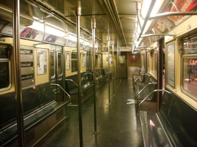 (115k, 640x480)<br><b>Country:</b> United States<br><b>City:</b> New York<br><b>System:</b> New York City Transit<br><b>Route:</b> E<br><b>Car:</b> R-32 (Budd, 1964)  Interior <br><b>Photo by:</b> Danny Molina<br><b>Date:</b> 1/12/2008<br><b>Viewed (this week/total):</b> 5 / 1964