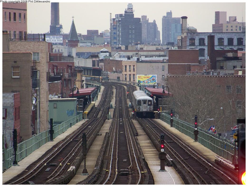 (288k, 1044x788)<br><b>Country:</b> United States<br><b>City:</b> New York<br><b>System:</b> New York City Transit<br><b>Line:</b> BMT Nassau Street/Jamaica Line<br><b>Location:</b> Flushing Avenue <br><b>Route:</b> J<br><b>Car:</b> R-42 (St. Louis, 1969-1970)  4718 <br><b>Photo by:</b> Philip D'Allesandro<br><b>Date:</b> 4/7/2008<br><b>Viewed (this week/total):</b> 0 / 2638