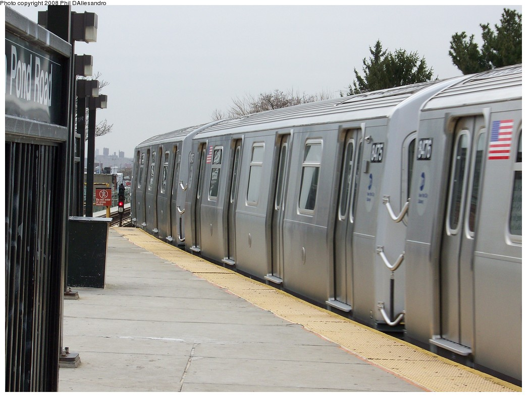(201k, 1044x788)<br><b>Country:</b> United States<br><b>City:</b> New York<br><b>System:</b> New York City Transit<br><b>Line:</b> BMT Myrtle Avenue Line<br><b>Location:</b> Fresh Pond Road <br><b>Route:</b> M<br><b>Car:</b> R-160A-1 (Alstom, 2005-2008, 4 car sets)  8475 <br><b>Photo by:</b> Philip D'Allesandro<br><b>Date:</b> 4/7/2008<br><b>Notes:</b> First day of full 8-car R160A trains on the M line.<br><b>Viewed (this week/total):</b> 0 / 2233