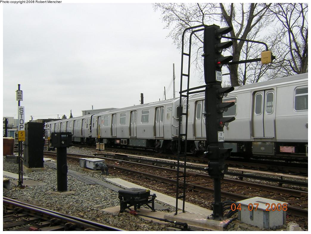 (278k, 1044x788)<br><b>Country:</b> United States<br><b>City:</b> New York<br><b>System:</b> New York City Transit<br><b>Line:</b> BMT Canarsie Line<br><b>Location:</b> Rockaway Parkway <br><b>Car:</b> R-143 (Kawasaki, 2001-2002) 8229 <br><b>Photo by:</b> Robert Mencher<br><b>Date:</b> 4/7/2008<br><b>Viewed (this week/total):</b> 0 / 2111