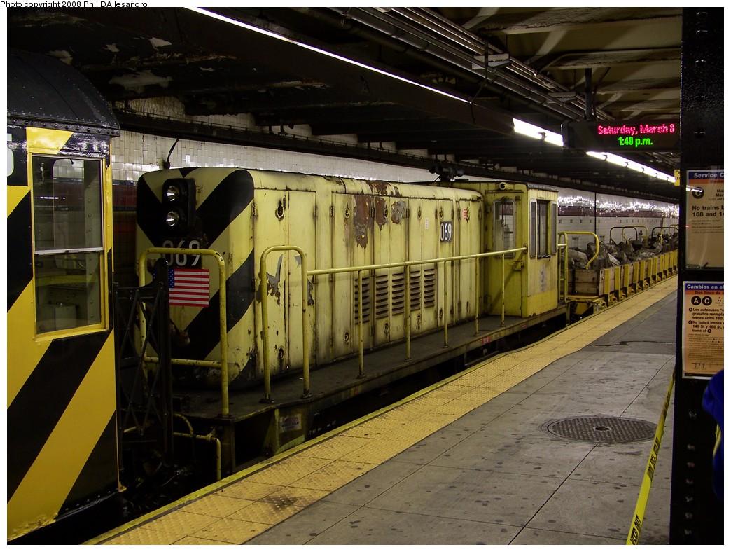 (245k, 1044x788)<br><b>Country:</b> United States<br><b>City:</b> New York<br><b>System:</b> New York City Transit<br><b>Line:</b> IND 8th Avenue Line<br><b>Location:</b> 168th Street <br><b>Route:</b> Work Service<br><b>Car:</b> R-47 Locomotive  69 <br><b>Photo by:</b> Philip D'Allesandro<br><b>Date:</b> 3/8/2008<br><b>Viewed (this week/total):</b> 3 / 1803