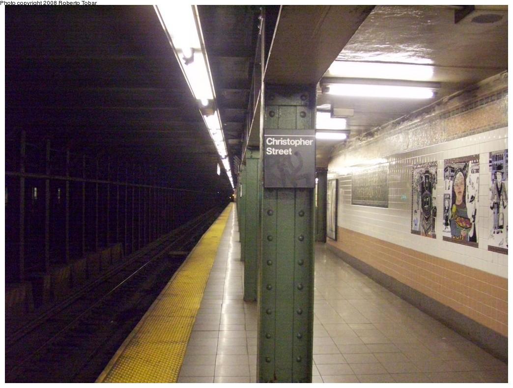 (209k, 1044x790)<br><b>Country:</b> United States<br><b>City:</b> New York<br><b>System:</b> New York City Transit<br><b>Line:</b> IRT West Side Line<br><b>Location:</b> Christopher Street/Sheridan Square <br><b>Photo by:</b> Roberto C. Tobar<br><b>Date:</b> 4/12/2008<br><b>Notes:</b> Platform view.<br><b>Viewed (this week/total):</b> 2 / 1989