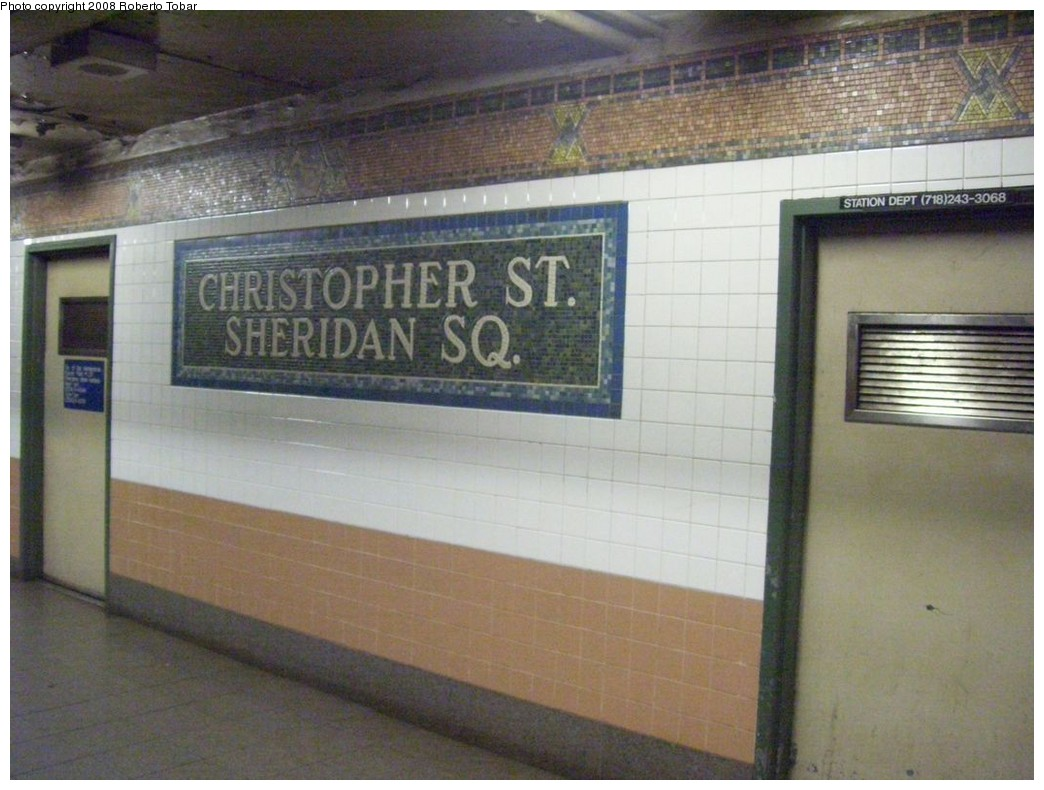 (195k, 1044x790)<br><b>Country:</b> United States<br><b>City:</b> New York<br><b>System:</b> New York City Transit<br><b>Line:</b> IRT West Side Line<br><b>Location:</b> Christopher Street/Sheridan Square <br><b>Photo by:</b> Roberto C. Tobar<br><b>Date:</b> 4/12/2008<br><b>Viewed (this week/total):</b> 1 / 1638
