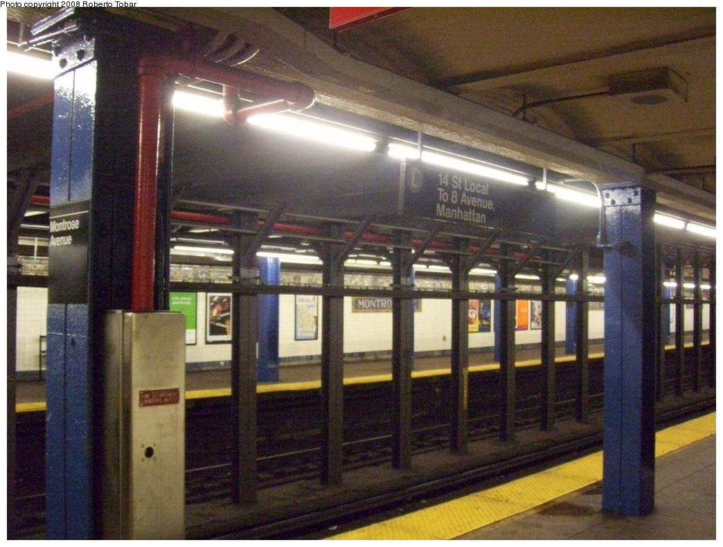 (215k, 1044x790)<br><b>Country:</b> United States<br><b>City:</b> New York<br><b>System:</b> New York City Transit<br><b>Line:</b> BMT Canarsie Line<br><b>Location:</b> Montrose Avenue <br><b>Photo by:</b> Roberto C. Tobar<br><b>Date:</b> 4/12/2008<br><b>Viewed (this week/total):</b> 2 / 1606