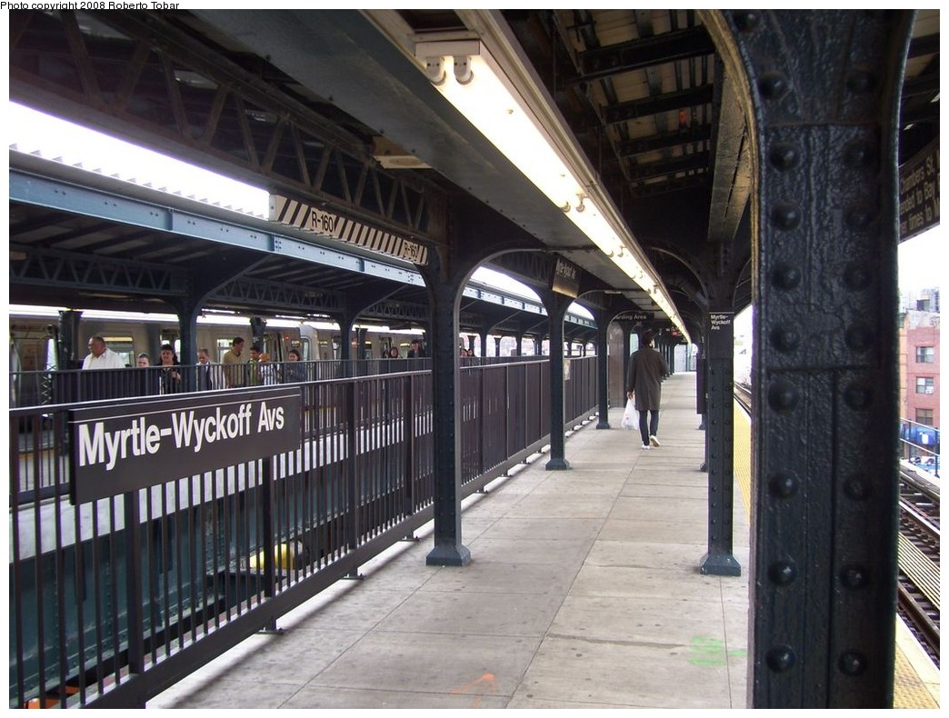 (223k, 1044x790)<br><b>Country:</b> United States<br><b>City:</b> New York<br><b>System:</b> New York City Transit<br><b>Line:</b> BMT Myrtle Avenue Line<br><b>Location:</b> Wyckoff Avenue <br><b>Photo by:</b> Roberto C. Tobar<br><b>Date:</b> 4/12/2008<br><b>Notes:</b> Note center trackway.<br><b>Viewed (this week/total):</b> 1 / 2386