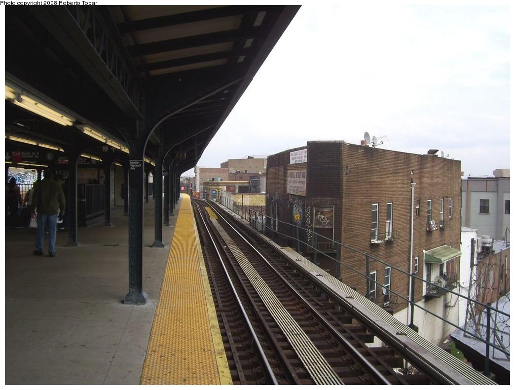 (200k, 1044x790)<br><b>Country:</b> United States<br><b>City:</b> New York<br><b>System:</b> New York City Transit<br><b>Line:</b> BMT Myrtle Avenue Line<br><b>Location:</b> Wyckoff Avenue <br><b>Photo by:</b> Roberto C. Tobar<br><b>Date:</b> 4/12/2008<br><b>Viewed (this week/total):</b> 1 / 1640