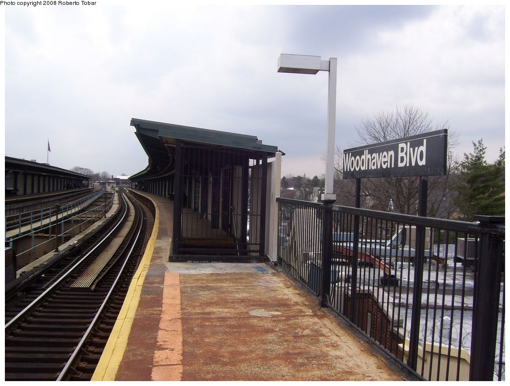 (208k, 1044x790)<br><b>Country:</b> United States<br><b>City:</b> New York<br><b>System:</b> New York City Transit<br><b>Line:</b> BMT Nassau Street/Jamaica Line<br><b>Location:</b> Woodhaven Boulevard <br><b>Photo by:</b> Roberto C. Tobar<br><b>Date:</b> 4/12/2008<br><b>Viewed (this week/total):</b> 1 / 1273