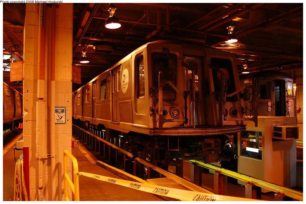 (233k, 1044x699)<br><b>Country:</b> United States<br><b>City:</b> New York<br><b>System:</b> New York City Transit<br><b>Location:</b> Coney Island Shop/Maint. & Inspection Shop<br><b>Car:</b> R-40 (St. Louis, 1968)  4285 <br><b>Photo by:</b> Michael Hodurski<br><b>Date:</b> 4/12/2008<br><b>Viewed (this week/total):</b> 0 / 1455
