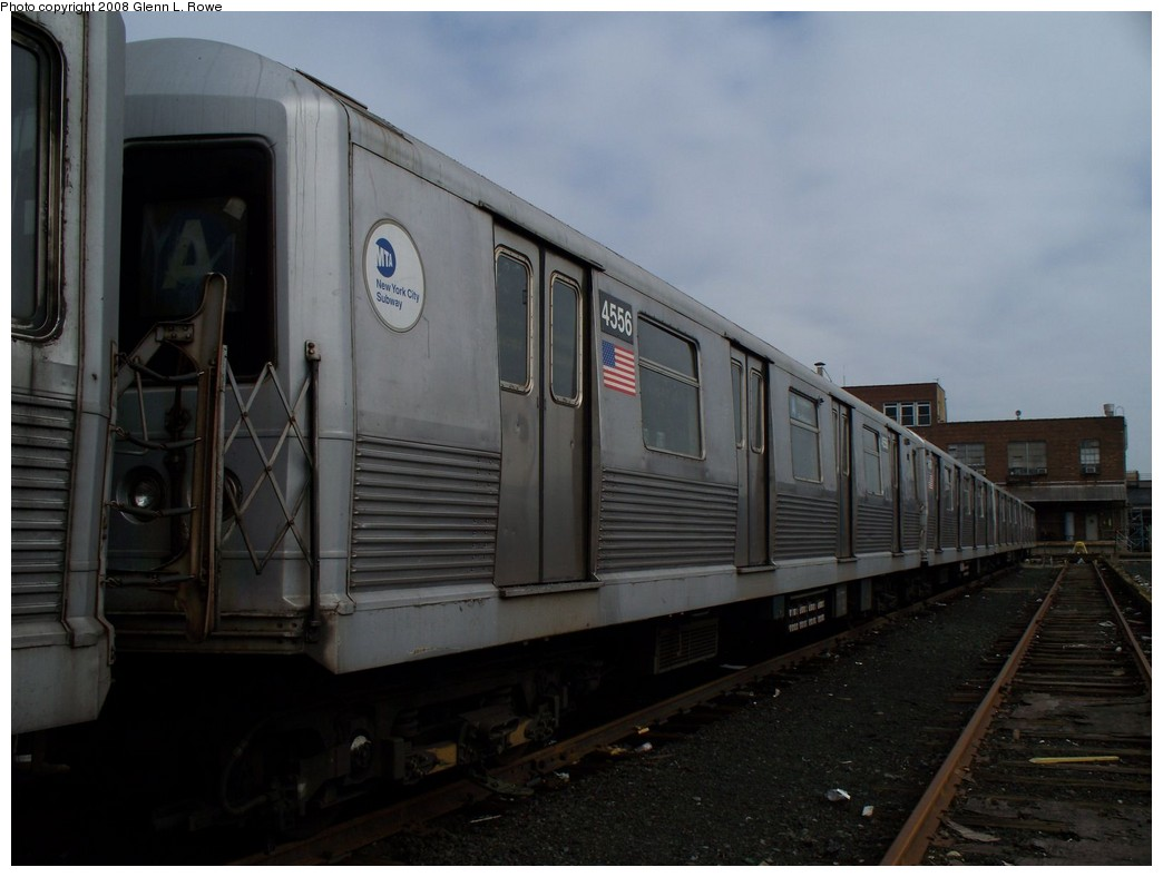 (155k, 1044x788)<br><b>Country:</b> United States<br><b>City:</b> New York<br><b>System:</b> New York City Transit<br><b>Location:</b> 207th Street Yard<br><b>Car:</b> R-42 (St. Louis, 1969-1970)  4556 <br><b>Photo by:</b> Glenn L. Rowe<br><b>Date:</b> 4/8/2008<br><b>Viewed (this week/total):</b> 0 / 1215