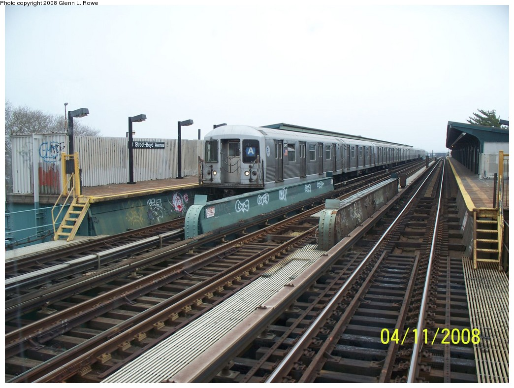 (226k, 1044x788)<br><b>Country:</b> United States<br><b>City:</b> New York<br><b>System:</b> New York City Transit<br><b>Line:</b> IND Fulton Street Line<br><b>Location:</b> 88th Street/Boyd Avenue <br><b>Route:</b> A<br><b>Car:</b> R-42 (St. Louis, 1969-1970)  4557 <br><b>Photo by:</b> Glenn L. Rowe<br><b>Date:</b> 4/11/2008<br><b>Viewed (this week/total):</b> 2 / 2572