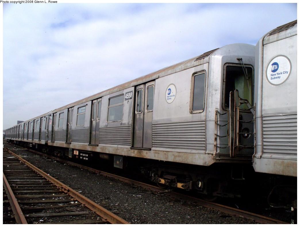 (193k, 1044x788)<br><b>Country:</b> United States<br><b>City:</b> New York<br><b>System:</b> New York City Transit<br><b>Location:</b> 207th Street Yard<br><b>Car:</b> R-42 (St. Louis, 1969-1970)  4558 <br><b>Photo by:</b> Glenn L. Rowe<br><b>Date:</b> 4/8/2008<br><b>Viewed (this week/total):</b> 0 / 1062