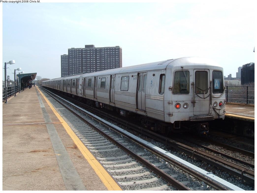 (224k, 1044x788)<br><b>Country:</b> United States<br><b>City:</b> New York<br><b>System:</b> New York City Transit<br><b>Line:</b> IND Rockaway Line<br><b>Location:</b> Beach 36th Street/Edgemere<br><b>Route:</b> A<br><b>Car:</b> R-44 (St. Louis, 1971-73) 5400 <br><b>Photo by:</b> Chris M.<br><b>Date:</b> 4/21/2008<br><b>Viewed (this week/total):</b> 0 / 1916