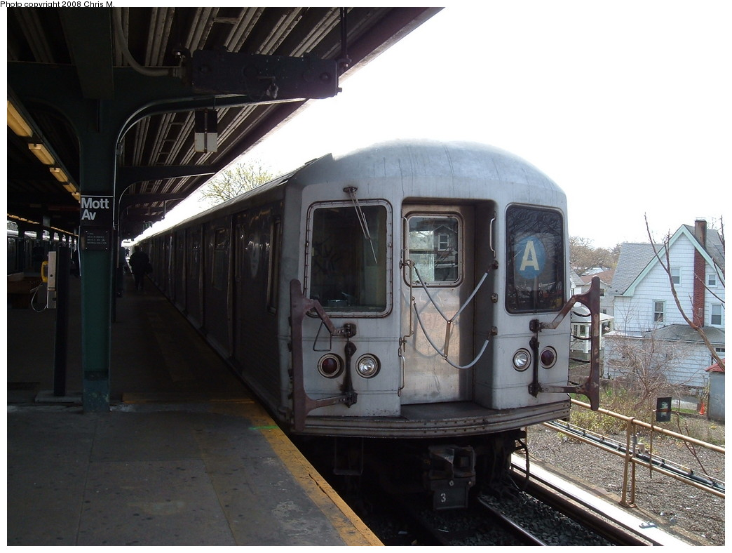 (205k, 1044x788)<br><b>Country:</b> United States<br><b>City:</b> New York<br><b>System:</b> New York City Transit<br><b>Line:</b> IND Rockaway<br><b>Location:</b> Mott Avenue/Far Rockaway <br><b>Route:</b> A<br><b>Car:</b> R-42 (St. Louis, 1969-1970)  4559 <br><b>Photo by:</b> Chris M.<br><b>Date:</b> 4/21/2008<br><b>Viewed (this week/total):</b> 2 / 1806