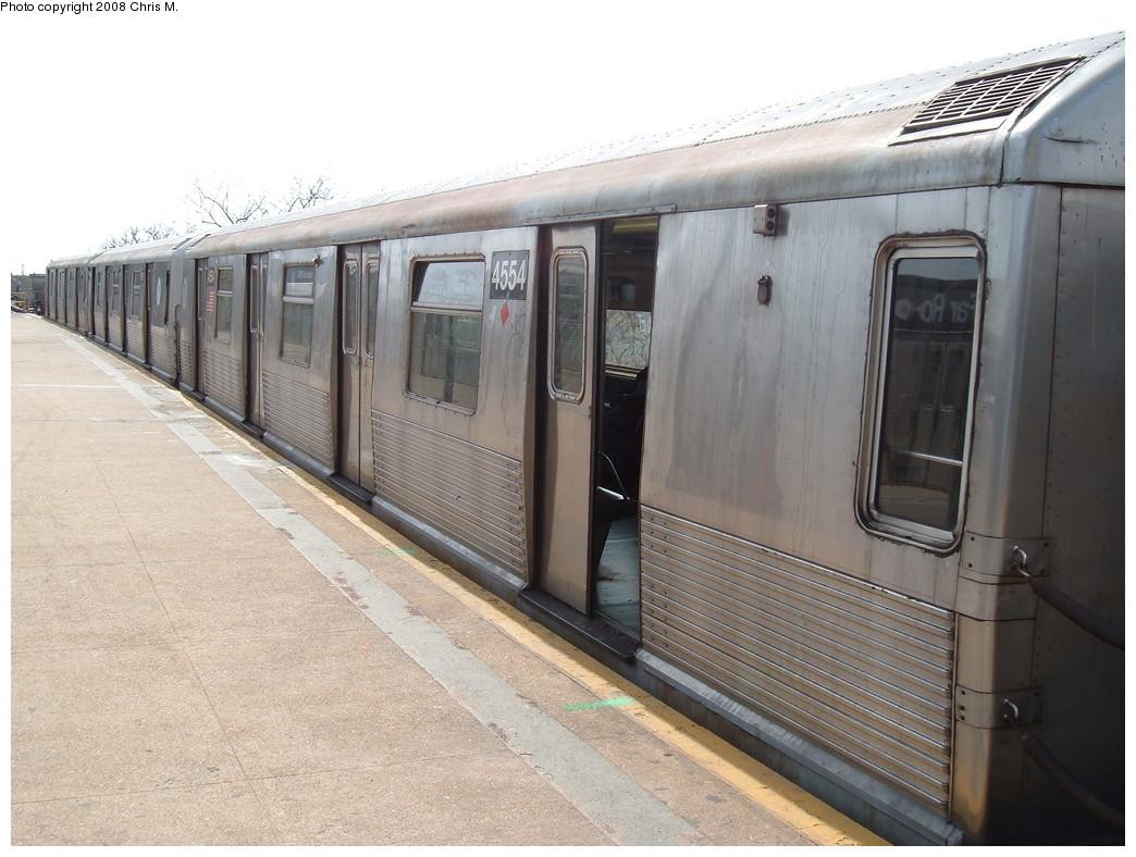 (216k, 1044x788)<br><b>Country:</b> United States<br><b>City:</b> New York<br><b>System:</b> New York City Transit<br><b>Line:</b> IND Rockaway<br><b>Location:</b> Mott Avenue/Far Rockaway <br><b>Route:</b> A<br><b>Car:</b> R-42 (St. Louis, 1969-1970)  4554 <br><b>Photo by:</b> Chris M.<br><b>Date:</b> 4/21/2008<br><b>Viewed (this week/total):</b> 0 / 1371