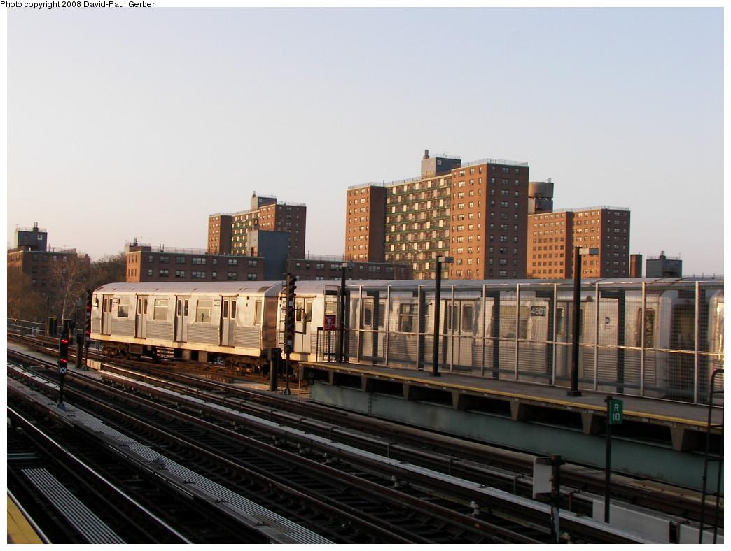 (250k, 1044x788)<br><b>Country:</b> United States<br><b>City:</b> New York<br><b>System:</b> New York City Transit<br><b>Line:</b> BMT West End Line<br><b>Location:</b> Bay 50th Street <br><b>Route:</b> M<br><b>Car:</b> R-42 (St. Louis, 1969-1970)  4601 <br><b>Photo by:</b> David-Paul Gerber<br><b>Date:</b> 4/22/2008<br><b>Viewed (this week/total):</b> 0 / 1915