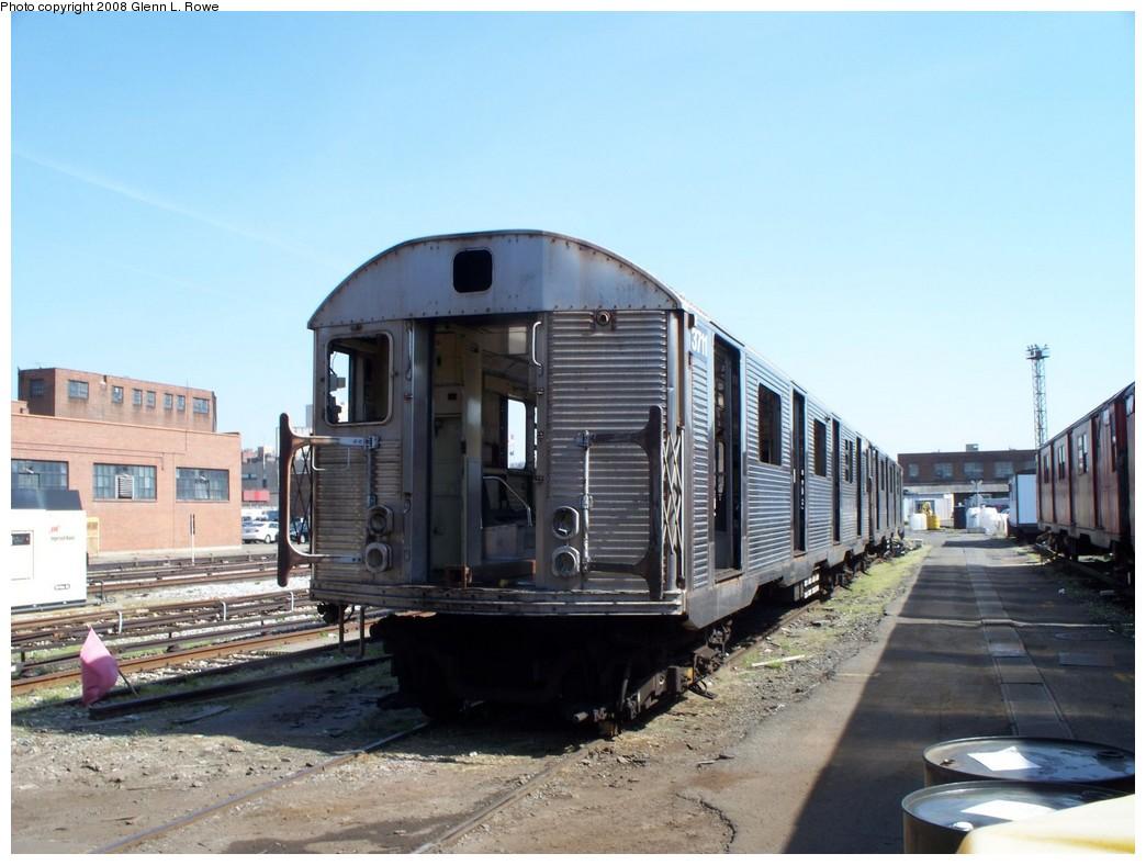 (189k, 1044x788)<br><b>Country:</b> United States<br><b>City:</b> New York<br><b>System:</b> New York City Transit<br><b>Location:</b> 207th Street Yard<br><b>Car:</b> R-32 (Budd, 1964)  3711 <br><b>Photo by:</b> Glenn L. Rowe<br><b>Date:</b> 4/24/2008<br><b>Viewed (this week/total):</b> 0 / 1489