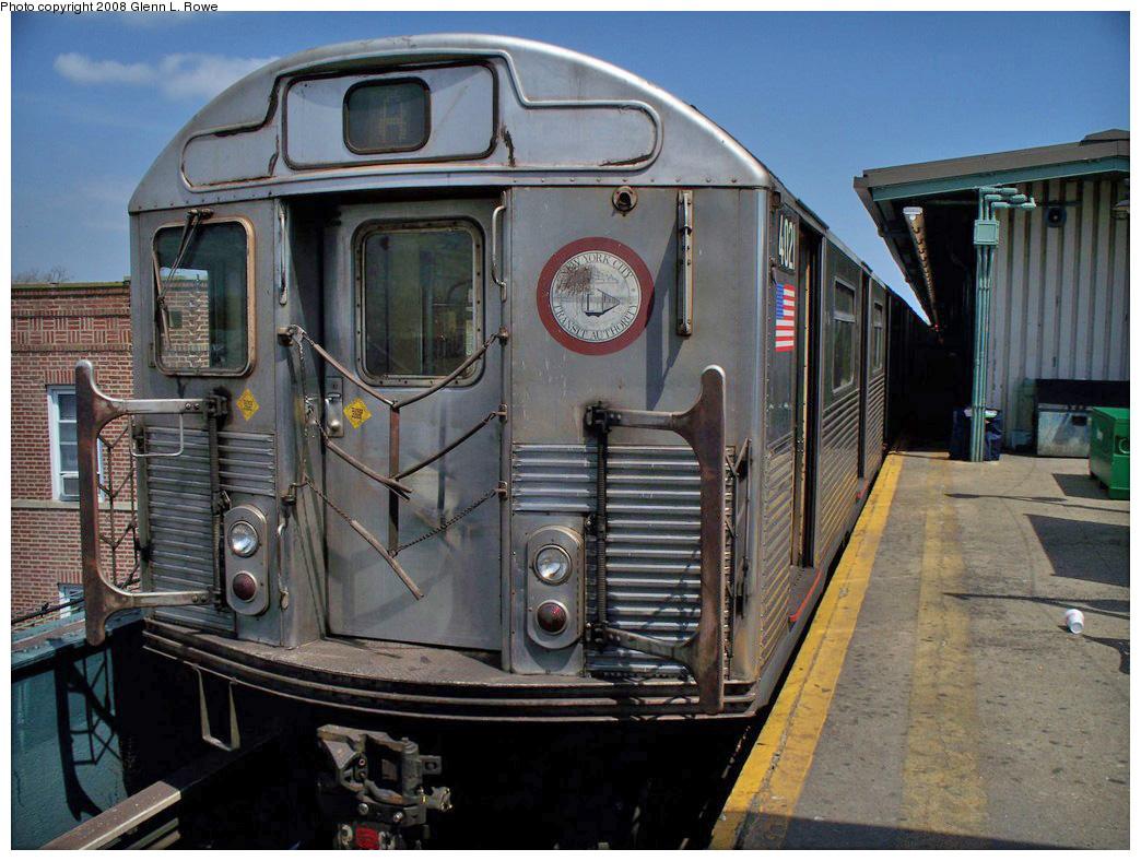 (299k, 1044x788)<br><b>Country:</b> United States<br><b>City:</b> New York<br><b>System:</b> New York City Transit<br><b>Line:</b> IND Fulton Street Line<br><b>Location:</b> Lefferts Boulevard <br><b>Route:</b> A<br><b>Car:</b> R-38 (St. Louis, 1966-1967)  4021 <br><b>Photo by:</b> Glenn L. Rowe<br><b>Date:</b> 4/22/2008<br><b>Viewed (this week/total):</b> 0 / 1568