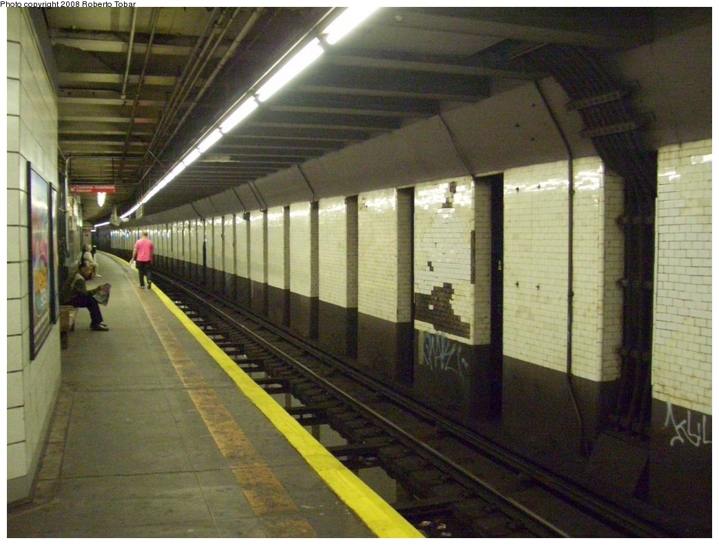 (215k, 1044x791)<br><b>Country:</b> United States<br><b>City:</b> New York<br><b>System:</b> New York City Transit<br><b>Line:</b> BMT 4th Avenue<br><b>Location:</b> Prospect Avenue <br><b>Photo by:</b> Roberto C. Tobar<br><b>Date:</b> 4/26/2008<br><b>Viewed (this week/total):</b> 3 / 1992
