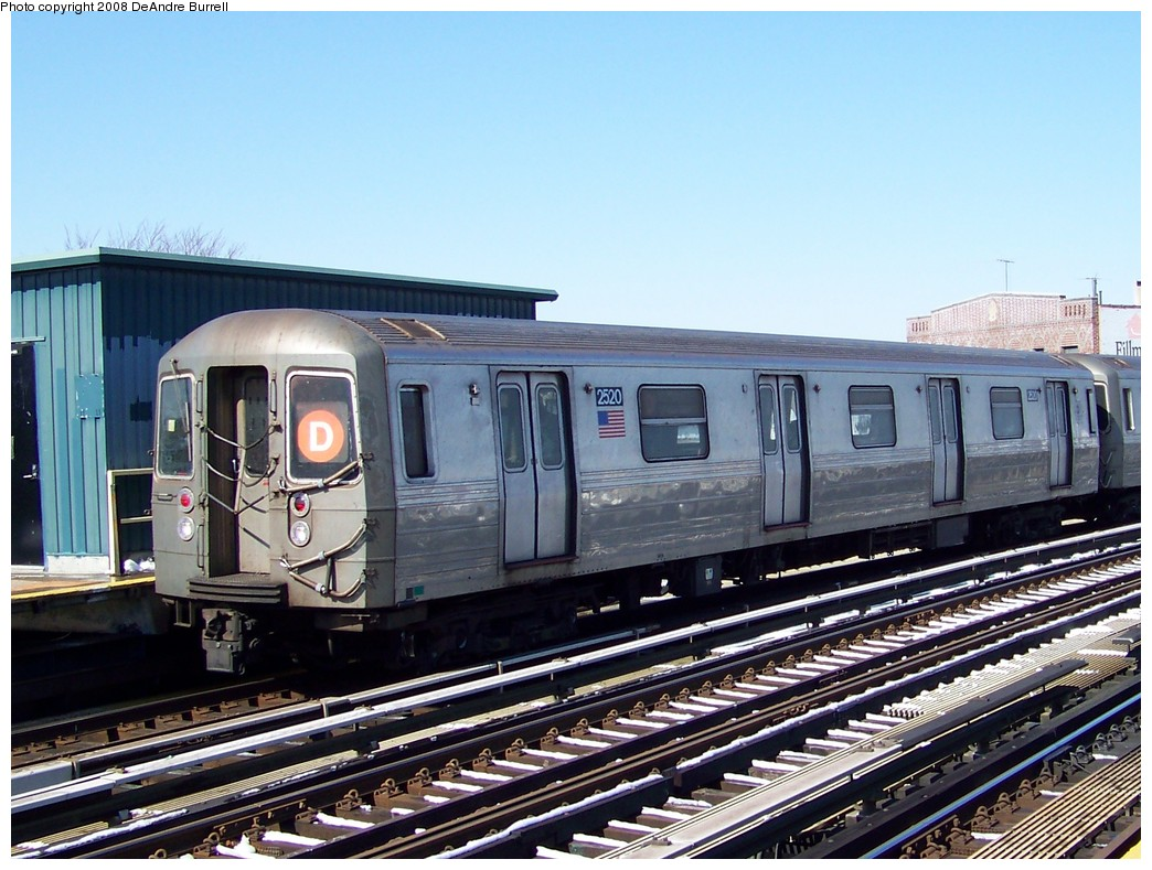(237k, 1044x789)<br><b>Country:</b> United States<br><b>City:</b> New York<br><b>System:</b> New York City Transit<br><b>Line:</b> BMT West End Line<br><b>Location:</b> 18th Avenue <br><b>Route:</b> D<br><b>Car:</b> R-68 (Westinghouse-Amrail, 1986-1988)  2694 <br><b>Photo by:</b> DeAndre Burrell<br><b>Date:</b> 4/12/2007<br><b>Viewed (this week/total):</b> 1 / 1253