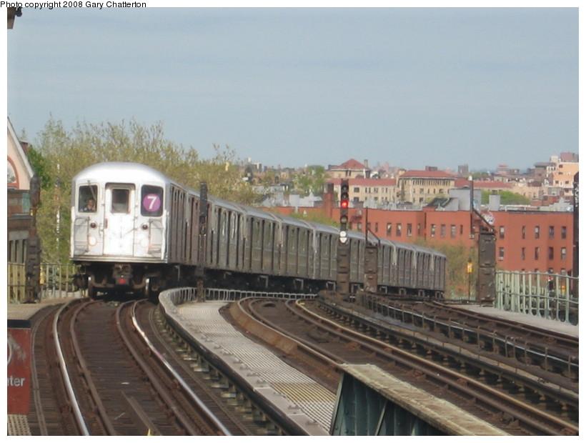 (122k, 820x620)<br><b>Country:</b> United States<br><b>City:</b> New York<br><b>System:</b> New York City Transit<br><b>Line:</b> IRT Flushing Line<br><b>Location:</b> 52nd Street/Lincoln Avenue <br><b>Route:</b> 7<br><b>Car:</b> R-62A (Bombardier, 1984-1987)  1736 <br><b>Photo by:</b> Gary Chatterton<br><b>Date:</b> 4/26/2008<br><b>Viewed (this week/total):</b> 0 / 1464