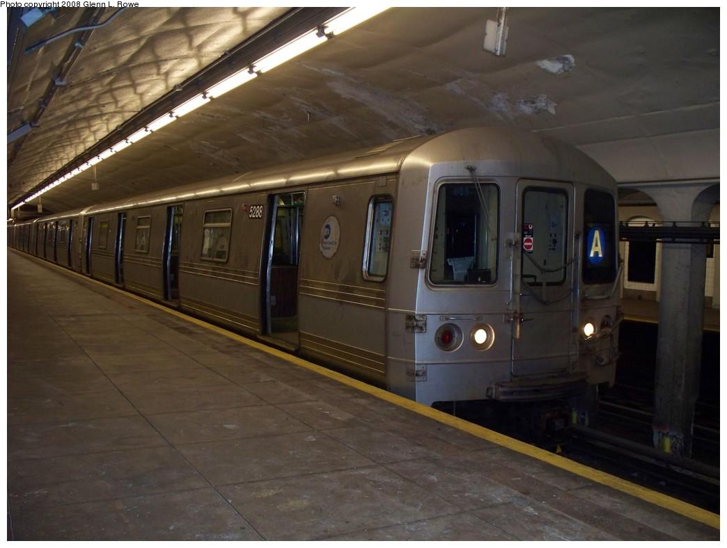 (181k, 1044x788)<br><b>Country:</b> United States<br><b>City:</b> New York<br><b>System:</b> New York City Transit<br><b>Line:</b> IND 8th Avenue Line<br><b>Location:</b> 190th Street/Overlook Terrace <br><b>Route:</b> A<br><b>Car:</b> R-44 (St. Louis, 1971-73) 5288 <br><b>Photo by:</b> Glenn L. Rowe<br><b>Date:</b> 4/29/2008<br><b>Viewed (this week/total):</b> 1 / 1818
