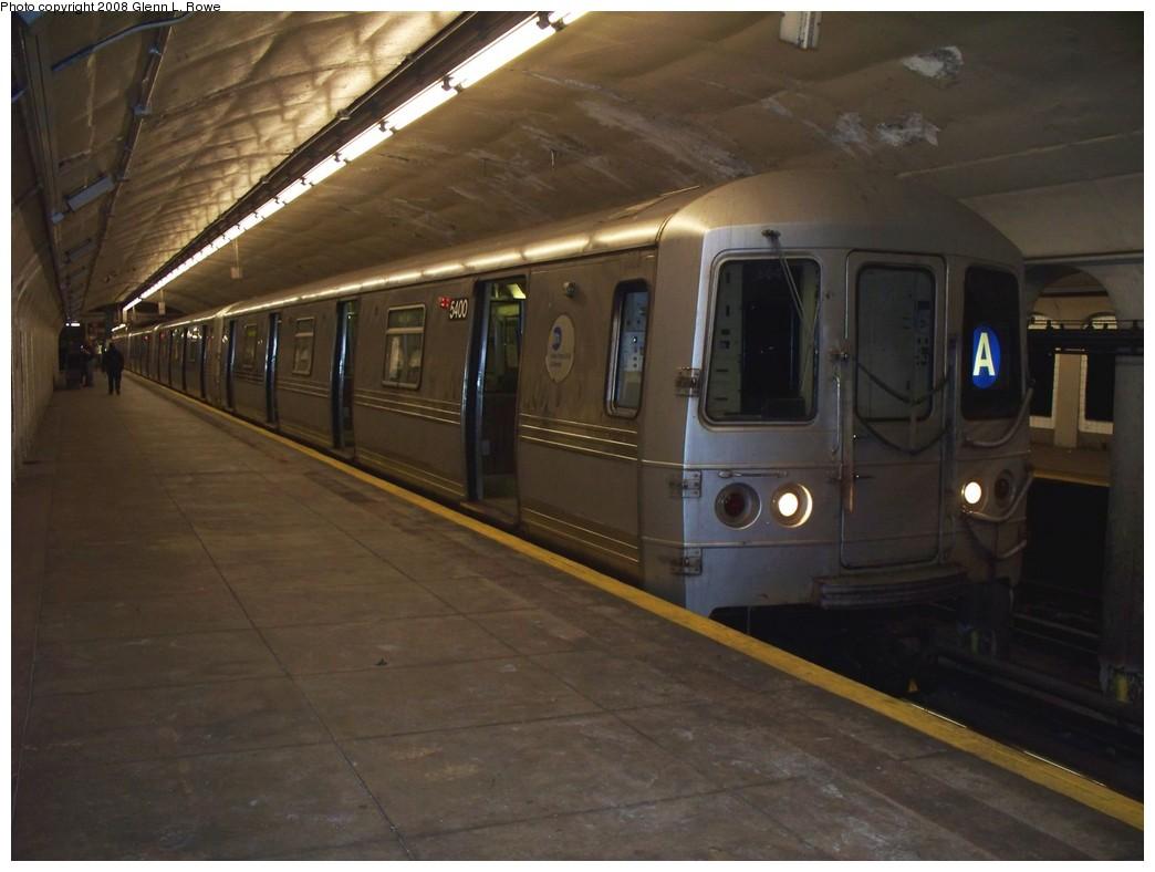 (168k, 1044x788)<br><b>Country:</b> United States<br><b>City:</b> New York<br><b>System:</b> New York City Transit<br><b>Line:</b> IND 8th Avenue Line<br><b>Location:</b> 190th Street/Overlook Terrace <br><b>Route:</b> A<br><b>Car:</b> R-44 (St. Louis, 1971-73) 5400 <br><b>Photo by:</b> Glenn L. Rowe<br><b>Date:</b> 5/1/2008<br><b>Viewed (this week/total):</b> 0 / 1668