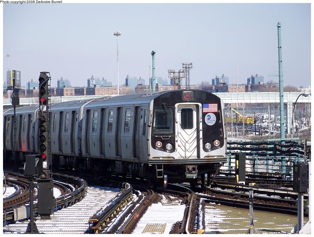 (273k, 1044x788)<br><b>Country:</b> United States<br><b>City:</b> New York<br><b>System:</b> New York City Transit<br><b>Location:</b> Coney Island/Stillwell Avenue<br><b>Route:</b> N<br><b>Car:</b> R-160B (Kawasaki, 2005-2008)  8783 <br><b>Photo by:</b> DeAndre Burrell<br><b>Date:</b> 4/12/2007<br><b>Viewed (this week/total):</b> 1 / 1484
