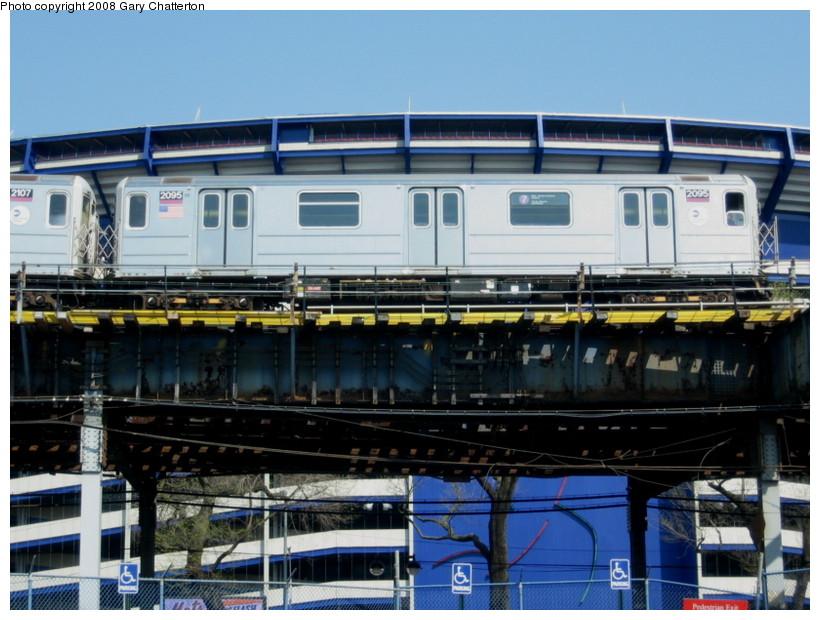 (144k, 820x620)<br><b>Country:</b> United States<br><b>City:</b> New York<br><b>System:</b> New York City Transit<br><b>Line:</b> IRT Flushing Line<br><b>Location:</b> Willets Point/Mets (fmr. Shea Stadium) <br><b>Route:</b> 7<br><b>Car:</b> R-62A (Bombardier, 1984-1987)  2095 <br><b>Photo by:</b> Gary Chatterton<br><b>Date:</b> 4/19/2008<br><b>Viewed (this week/total):</b> 0 / 1360