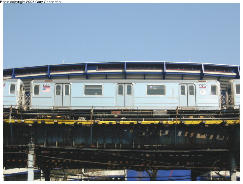 (116k, 820x620)<br><b>Country:</b> United States<br><b>City:</b> New York<br><b>System:</b> New York City Transit<br><b>Line:</b> IRT Flushing Line<br><b>Location:</b> Willets Point/Mets (fmr. Shea Stadium) <br><b>Route:</b> 7<br><b>Car:</b> R-62A (Bombardier, 1984-1987)  2039 <br><b>Photo by:</b> Gary Chatterton<br><b>Date:</b> 4/19/2008<br><b>Viewed (this week/total):</b> 0 / 1219
