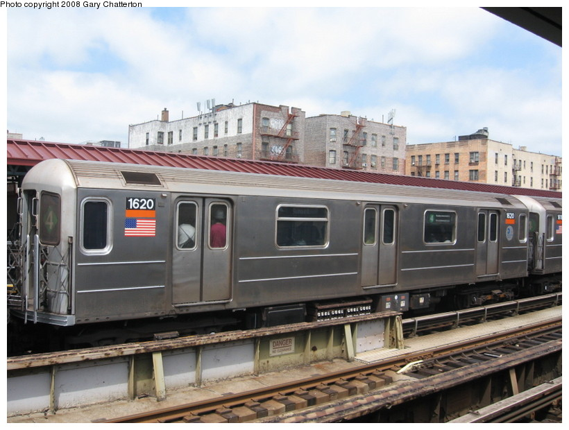 (137k, 820x620)<br><b>Country:</b> United States<br><b>City:</b> New York<br><b>System:</b> New York City Transit<br><b>Line:</b> IRT Woodlawn Line<br><b>Location:</b> 183rd Street <br><b>Route:</b> 4<br><b>Car:</b> R-62 (Kawasaki, 1983-1985)  1620 <br><b>Photo by:</b> Gary Chatterton<br><b>Date:</b> 5/4/2008<br><b>Viewed (this week/total):</b> 1 / 1939