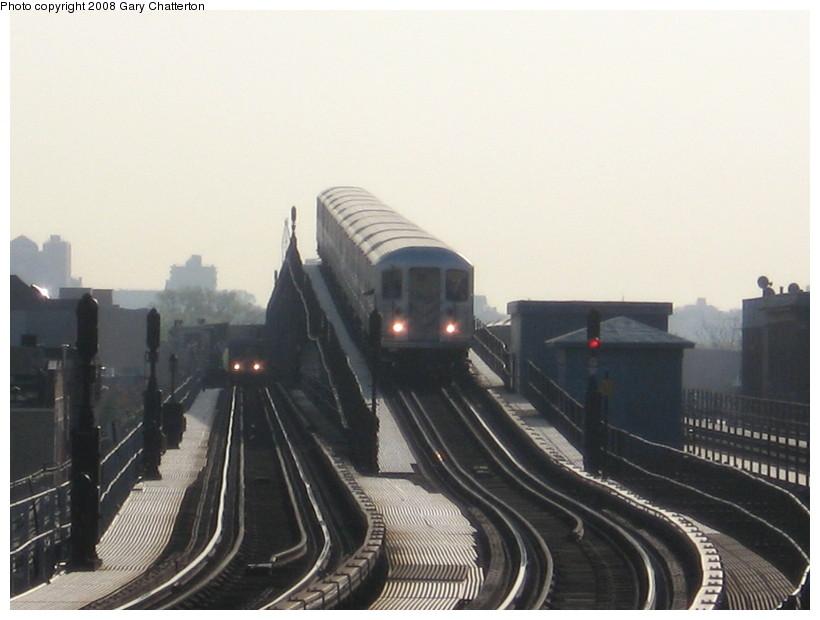 (104k, 820x620)<br><b>Country:</b> United States<br><b>City:</b> New York<br><b>System:</b> New York City Transit<br><b>Line:</b> IRT Flushing Line<br><b>Location:</b> 103rd Street/Corona Plaza <br><b>Route:</b> 7<br><b>Car:</b> R-62A (Bombardier, 1984-1987)  1685 <br><b>Photo by:</b> Gary Chatterton<br><b>Date:</b> 5/6/2008<br><b>Viewed (this week/total):</b> 2 / 2646