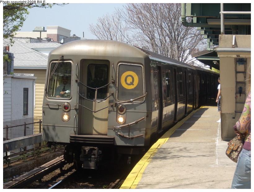 (191k, 819x619)<br><b>Country:</b> United States<br><b>City:</b> New York<br><b>System:</b> New York City Transit<br><b>Line:</b> BMT Brighton Line<br><b>Location:</b> Kings Highway <br><b>Route:</b> Q<br><b>Car:</b> R-68A (Kawasaki, 1988-1989)  5106 <br><b>Photo by:</b> Bill E.<br><b>Date:</b> 4/23/2008<br><b>Viewed (this week/total):</b> 4 / 1309