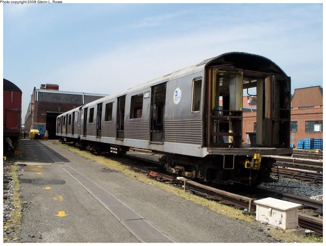 (223k, 1044x788)<br><b>Country:</b> United States<br><b>City:</b> New York<br><b>System:</b> New York City Transit<br><b>Location:</b> 207th Street Yard<br><b>Car:</b> R-42 (St. Louis, 1969-1970)  4861 <br><b>Photo by:</b> Glenn L. Rowe<br><b>Date:</b> 5/7/2008<br><b>Viewed (this week/total):</b> 3 / 1069