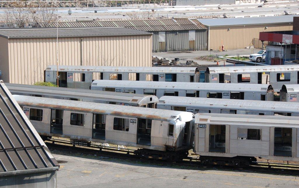 (232k, 1024x646)<br><b>Country:</b> United States<br><b>City:</b> New York<br><b>System:</b> New York City Transit<br><b>Location:</b> 207th Street Yard<br><b>Car:</b> R-42 (St. Louis, 1969-1970)  4731 <br><b>Photo by:</b> Brian Weinberg<br><b>Date:</b> 5/4/2008<br><b>Notes:</b> Visible cars: R42 4883, 4882, 4903, 4902, 4984; R32 3759, 3422<br><b>Viewed (this week/total):</b> 3 / 1518