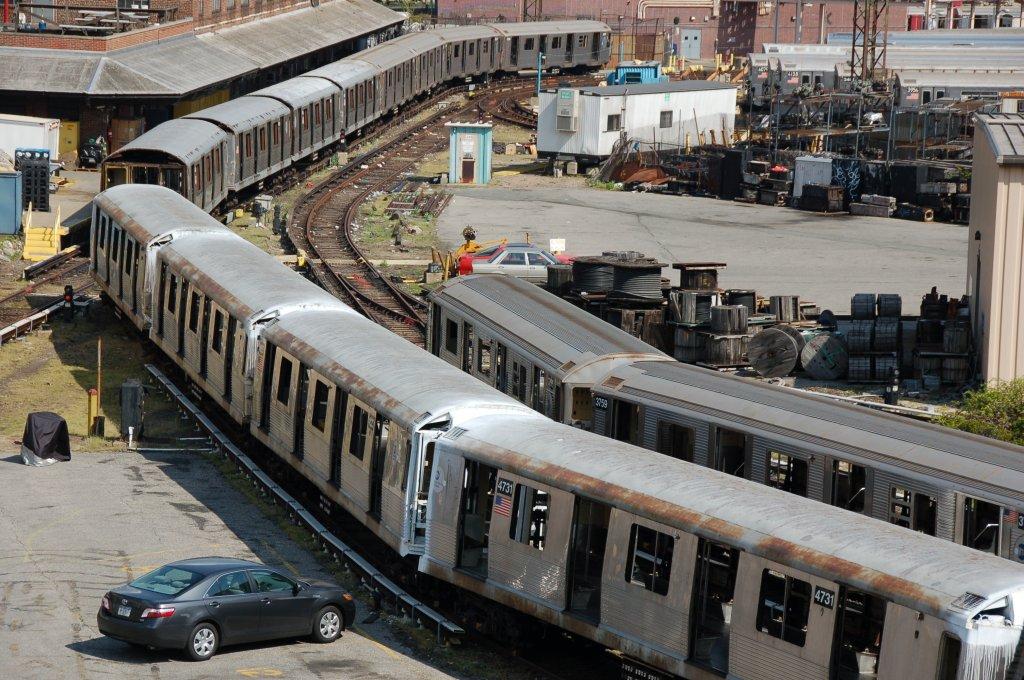 (250k, 1024x680)<br><b>Country:</b> United States<br><b>City:</b> New York<br><b>System:</b> New York City Transit<br><b>Location:</b> 207th Street Yard<br><b>Car:</b> R-42 (St. Louis, 1969-1970)  4731 <br><b>Photo by:</b> Brian Weinberg<br><b>Date:</b> 5/4/2008<br><b>Viewed (this week/total):</b> 0 / 1559