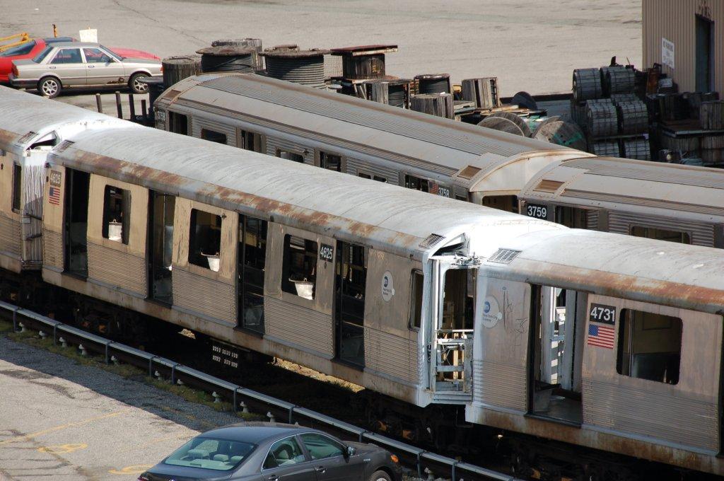 (207k, 1024x680)<br><b>Country:</b> United States<br><b>City:</b> New York<br><b>System:</b> New York City Transit<br><b>Location:</b> 207th Street Yard<br><b>Car:</b> R-42 (St. Louis, 1969-1970)  4625 <br><b>Photo by:</b> Brian Weinberg<br><b>Date:</b> 5/4/2008<br><b>Viewed (this week/total):</b> 0 / 1238