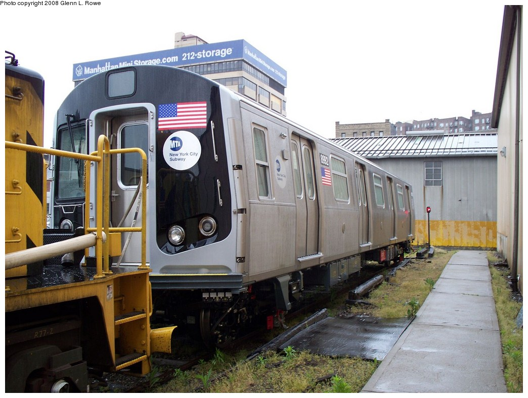 (220k, 1044x788)<br><b>Country:</b> United States<br><b>City:</b> New York<br><b>System:</b> New York City Transit<br><b>Location:</b> 207th Street Yard<br><b>Car:</b> R-160B (Option 1) (Kawasaki, 2008-2009)  8992 <br><b>Photo by:</b> Glenn L. Rowe<br><b>Date:</b> 5/9/2008<br><b>Viewed (this week/total):</b> 1 / 2713