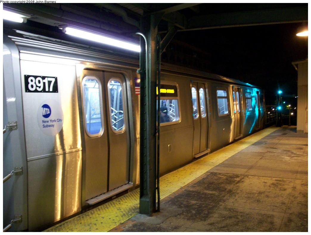 (195k, 1044x788)<br><b>Country:</b> United States<br><b>City:</b> New York<br><b>System:</b> New York City Transit<br><b>Line:</b> BMT Astoria Line<br><b>Location:</b> Queensborough Plaza <br><b>Route:</b> N<br><b>Car:</b> R-160B (Kawasaki, 2005-2008)  8917 <br><b>Photo by:</b> John Barnes<br><b>Date:</b> 5/11/2008<br><b>Viewed (this week/total):</b> 2 / 2649