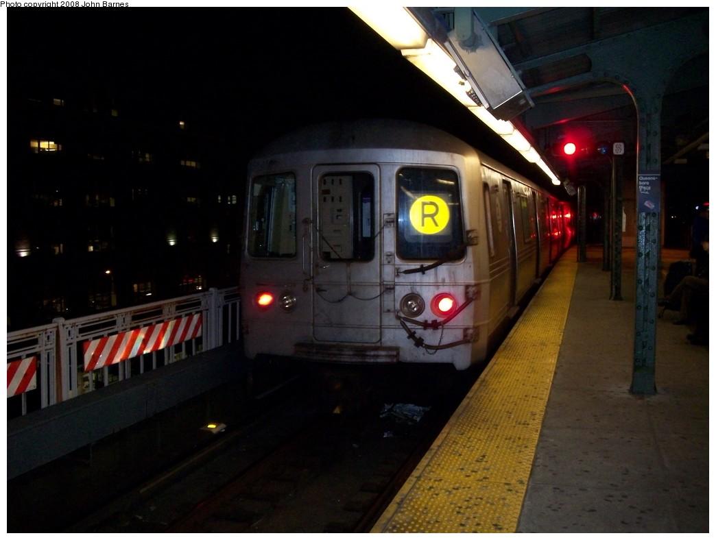 (159k, 1044x788)<br><b>Country:</b> United States<br><b>City:</b> New York<br><b>System:</b> New York City Transit<br><b>Line:</b> BMT Astoria Line<br><b>Location:</b> Queensborough Plaza <br><b>Route:</b> R reroute<br><b>Car:</b> R-46 (Pullman-Standard, 1974-75) 6170 <br><b>Photo by:</b> John Barnes<br><b>Date:</b> 5/11/2008<br><b>Viewed (this week/total):</b> 0 / 2476