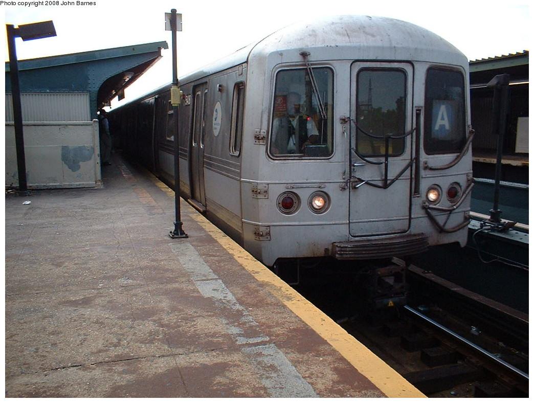(224k, 1044x788)<br><b>Country:</b> United States<br><b>City:</b> New York<br><b>System:</b> New York City Transit<br><b>Line:</b> IND Fulton Street Line<br><b>Location:</b> Rockaway Boulevard <br><b>Route:</b> A<br><b>Car:</b> R-44 (St. Louis, 1971-73) 5408 <br><b>Photo by:</b> John Barnes<br><b>Date:</b> 8/6/2006<br><b>Viewed (this week/total):</b> 0 / 915