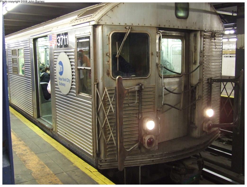 (248k, 1044x788)<br><b>Country:</b> United States<br><b>City:</b> New York<br><b>System:</b> New York City Transit<br><b>Line:</b> IND Queens Boulevard Line<br><b>Location:</b> Union Turnpike/Kew Gardens <br><b>Route:</b> E<br><b>Car:</b> R-32 (Budd, 1964)  3711 <br><b>Photo by:</b> John Barnes<br><b>Date:</b> 4/7/2007<br><b>Viewed (this week/total):</b> 1 / 1364