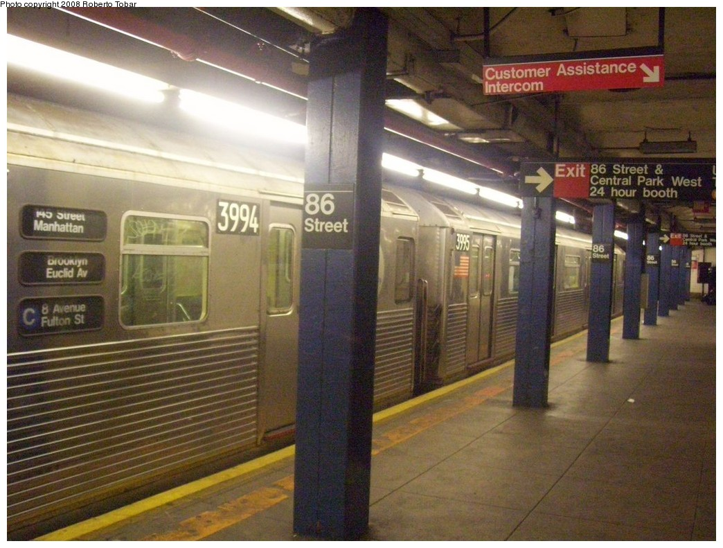 (226k, 1044x791)<br><b>Country:</b> United States<br><b>City:</b> New York<br><b>System:</b> New York City Transit<br><b>Line:</b> IND 8th Avenue Line<br><b>Location:</b> 86th Street <br><b>Route:</b> C<br><b>Car:</b> R-38 (St. Louis, 1966-1967)  3994/3995 <br><b>Photo by:</b> Roberto C. Tobar<br><b>Date:</b> 5/17/2008<br><b>Viewed (this week/total):</b> 0 / 3392