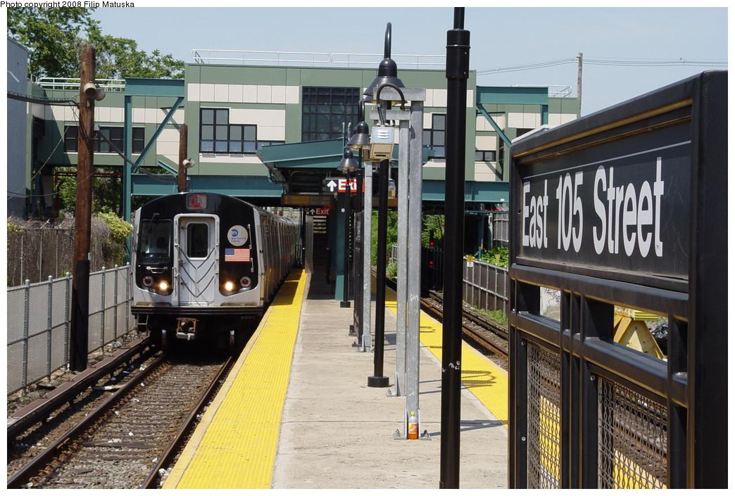 (241k, 1044x705)<br><b>Country:</b> United States<br><b>City:</b> New York<br><b>System:</b> New York City Transit<br><b>Line:</b> BMT Canarsie Line<br><b>Location:</b> East 105th Street <br><b>Route:</b> L<br><b>Car:</b> R-143 (Kawasaki, 2001-2002)  <br><b>Photo by:</b> Filip Matuska<br><b>Date:</b> 6/7/2007<br><b>Viewed (this week/total):</b> 0 / 2355